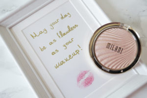 Milani Strobelight Instant Glow powder in the shade Afterglow